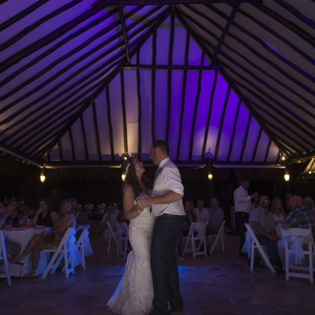 Amanda&Kevin_Wedding_Mexico_DanGarrityMedia_97