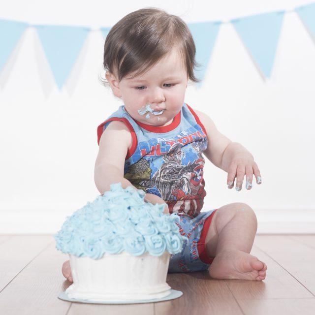 CakeSmash_ThunderBay_DanGarrityMedia_5