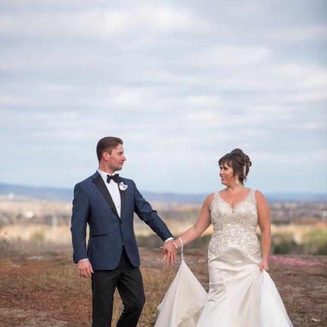 Dom&Tiffany_WeddingThunderBay_DanGarrityMedia_377