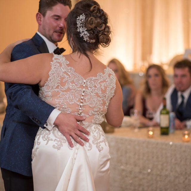 Dom&Tiffany_WeddingThunderBay_DanGarrityMedia_512