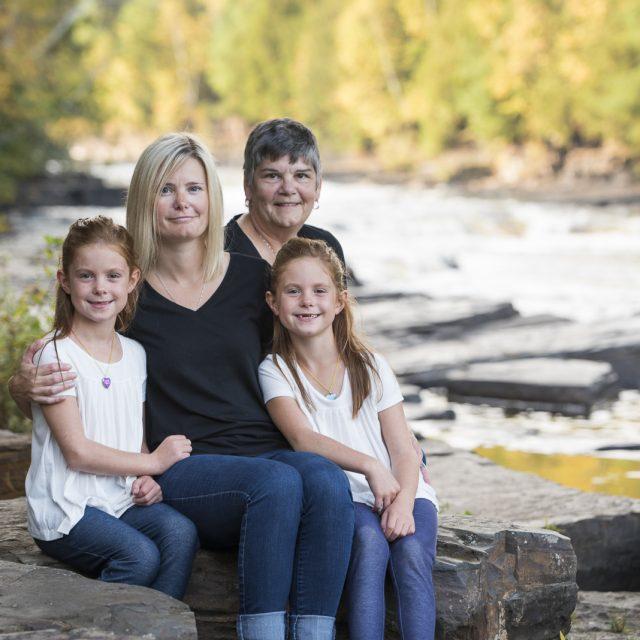 Emma&Ava_Family_Portrait_DanGarrityMedia_8