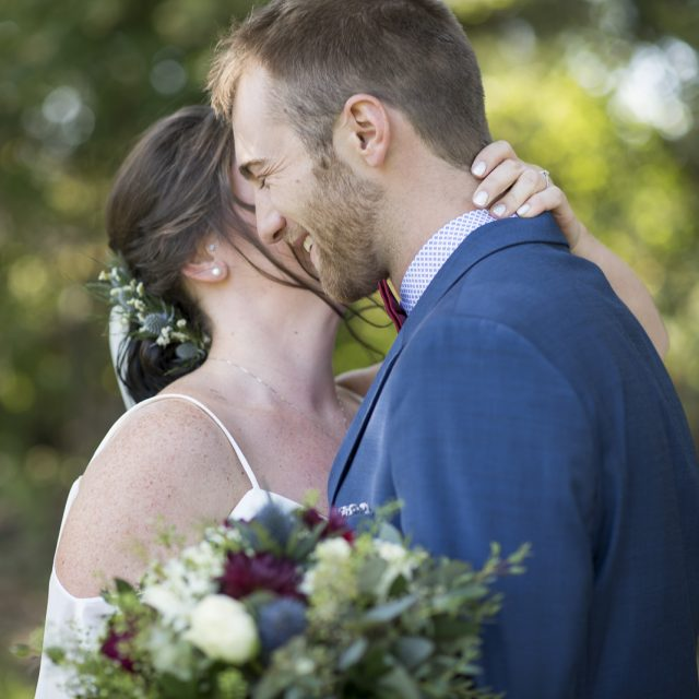 Kim&Ben_Wedding_SleepingGiantBrewery_DanGarrityMedia_046