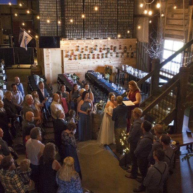 Kim&Ben_Wedding_SleepingGiantBrewery_DanGarrityMedia_079