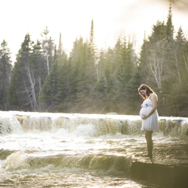 MaternityShoot_Aaron&Alicia_DanGarrityMedia_50